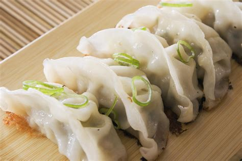 Small Outdoor Kitchen Design Ideas - chinese pork dumplings or potstickers recipe