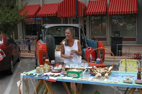 Monthly Farmers Market On Quad Brings Fresh Produce To
