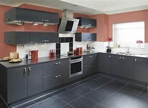 cuisine gris anthracite 56 idees pour une cuisine chic With idee deco cuisine avec gris anthracite cuisine