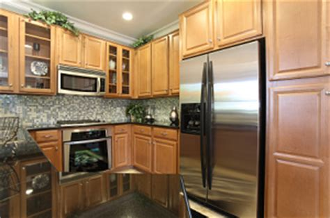 Cabinet Installer In Los Angeles by Kitchen Cabinets In Greater Los Angeles California