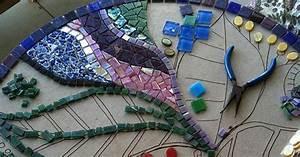 Mosaik Selber Fliesen Auf Altem Tisch : landhaus blog mosaiktisch selber machen anleitung mit video und bildern ~ Watch28wear.com Haus und Dekorationen