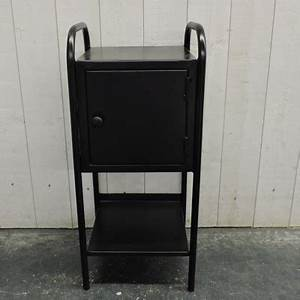Chevet Metal Noir : meubles d 39 appoint ~ Teatrodelosmanantiales.com Idées de Décoration