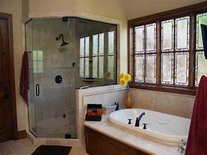 Door windows privacy window treatment ideas for for Window dressing ideas for bathrooms