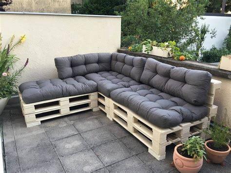 pallet sectional sofa pallet sofas thecreativescientist com