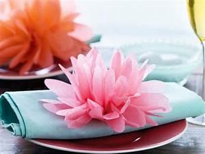 Blumen Aus Seidenpapier : papierblumen basteln so geht 39 s lecker ~ Orissabook.com Haus und Dekorationen