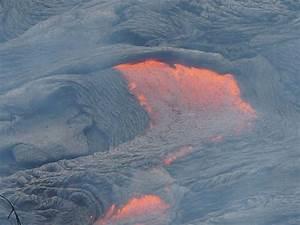 Red Hot Lava Flow Edging Toward Hawaiian Town