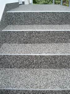 steinteppich treppe treppen steindesign kieselbeschichtung steinteppich
