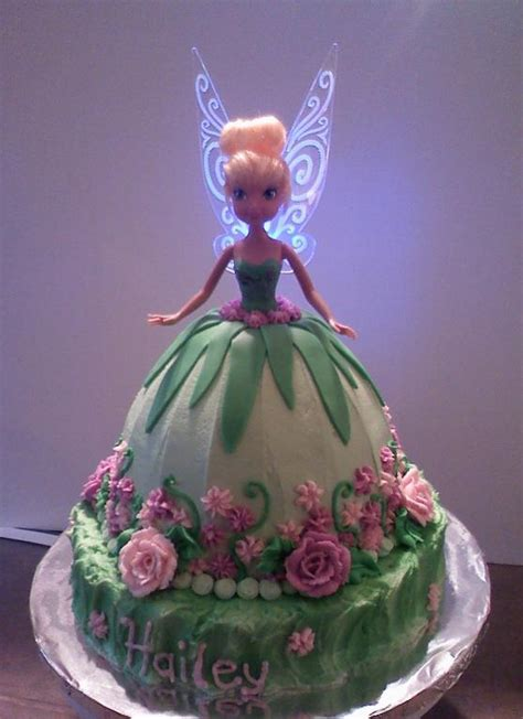 Wilton Cake Decorating Classes by You Have To See Tinkerbell Cake By Deannasb