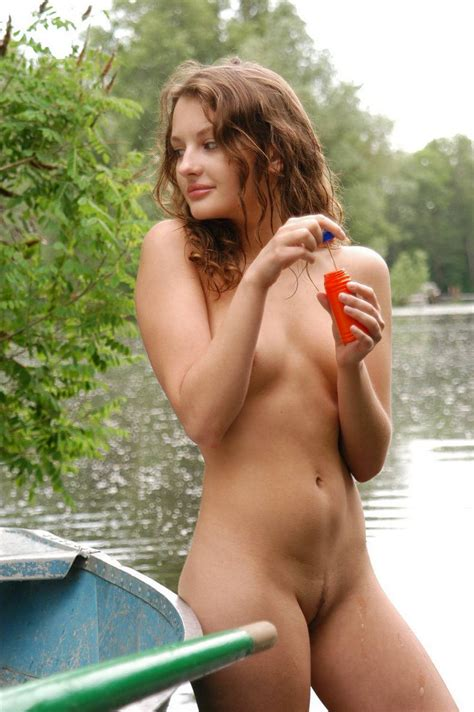 Russian Teens Posing Naked Outdoors Russian Sexy Girls