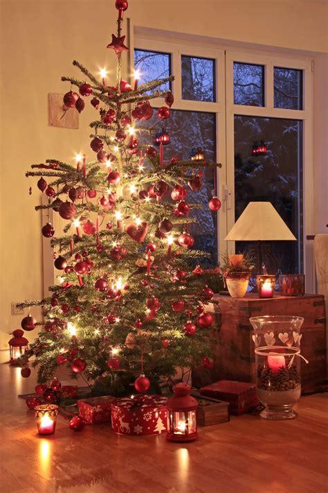 schoene und sichere weihnachten mit echten kerzen