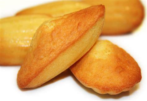 les dessert de bernard la cuisine de bernard madeleines de commercy