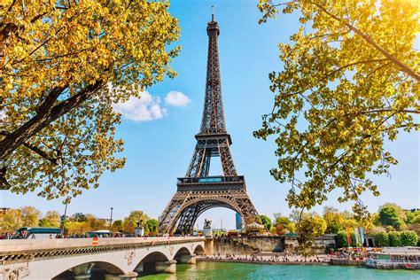 eiffel tower  set    makeover travel insider