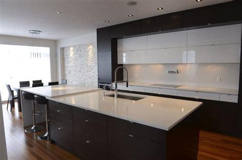 dosseret cuisine pas cher 656038 comptoirs dosseret quartz blanc armoires jpg 924