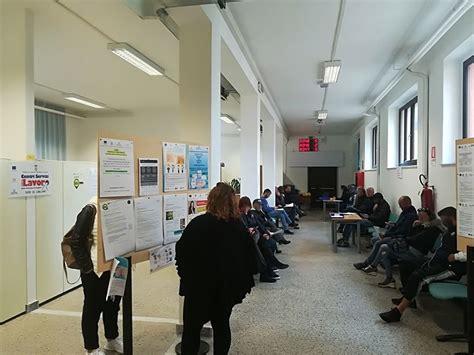 Ufficio Di Collocamento Quartu Sant by Disoccupati A Cagliari La Carica Dei 40mila Ma Le