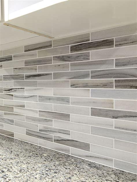 marble tile backsplash kitchen modern white gray subway marble backsplash tile