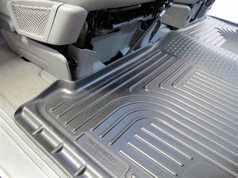 floor mats chrysler town and country husky liners floor mats for chrysler town and country 2010 hl19081