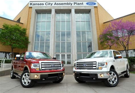 Ford Welcomes 1,000 New Employees To Kansas City Plant