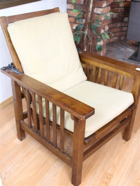 mission style morris chair w cushion