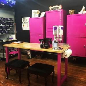 Garage Salon : 17 best images about kadillac barbies salon spa on pinterest ~ Gottalentnigeria.com Avis de Voitures