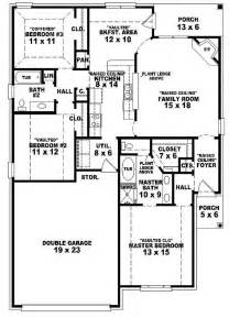Three Bedroom Two Bath House Plans 654104 One Story 3 Bedroom 2 Bath Country Style House Plan House Plans Floor Plans