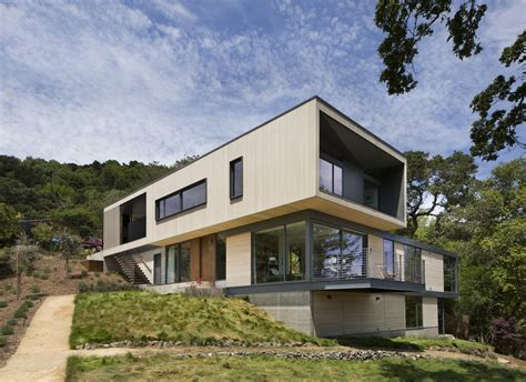 Hillside House / Shands Studio