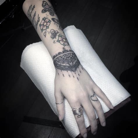 attractive wrist tattoo designs awesome tat