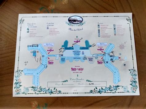 plan chambre hotel la chambre au disneyland hotel disneyland bons plans