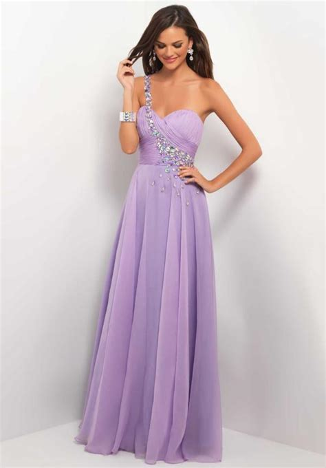 light purple gown look lovely in lavender prom dresses for prom 2013