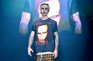 Justin Bieber and Marilyn Manson Take Selfie in Los ...