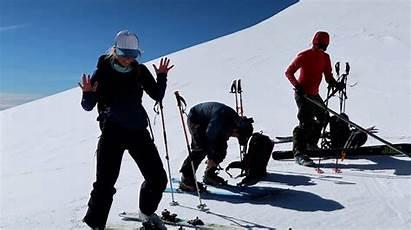 Ski Chile While