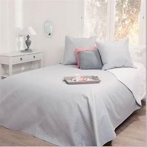 Parure De Lit Gris : parure de lit grande taille dessus de lit 2 housses d 39 oreiller gris clair maison fut e ~ Teatrodelosmanantiales.com Idées de Décoration