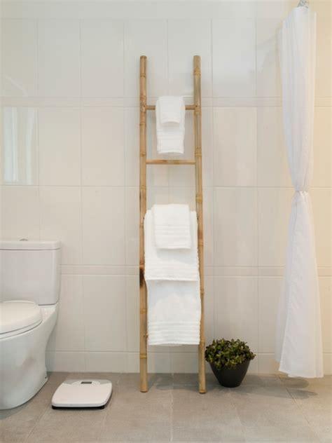 Badmöbel Bambus Holz by Handtuchleiter Holz 35 Reizende Badezimmer Im Landhausstil