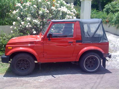 2-door Samurai (jeep