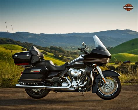 Review Harley Davidson Road Glide Ultra by 2012 Harley Davidson Fltru Road Glide Ultra Review