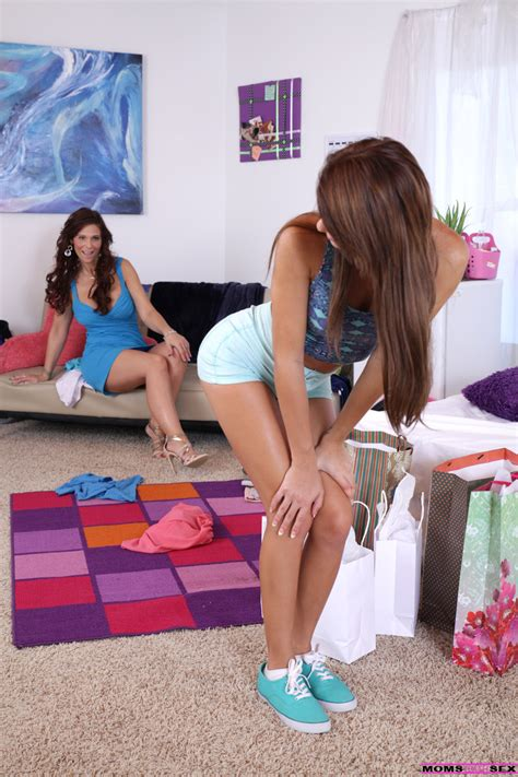 Two Sweet Chicks Marina Angel And Syren De Mer In Turns