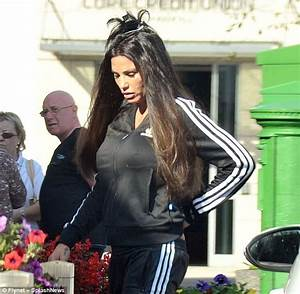 Katie Price shows off image overhaul as she dyes tresses ...