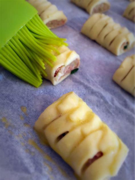 l atelier de cuisine gourmande petits feuilletés tressés au thon une recette de famille