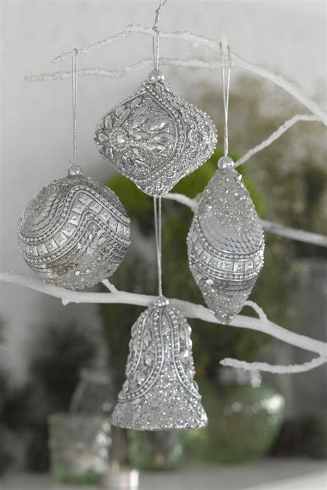 christmas decorations  australian style interior vogue