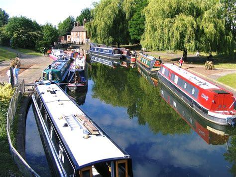 Boat Transport Midlands by Bcns New Line Basin Wolverhton West Midlands