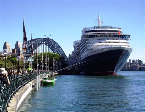Pacific Port Of Departure Sydney - Cruise Ship Captain