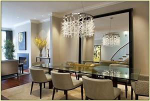 20 of the most beautiful dining room chandeliers for Modern dining room chandeliers