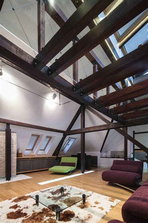 Wood Structure Defines Contemporary Renovated Attic Loft
