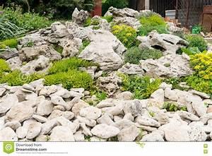 Was Ist Ein Patio : hinterhof mit der fantastischen landschaftsgestaltung patio zaun und hochbeet trockenfeste ~ Frokenaadalensverden.com Haus und Dekorationen