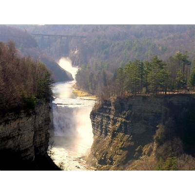Letchworth State Park a New York park located near