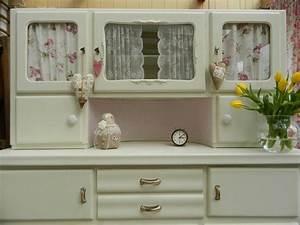 Küchenschrank Shabby Chic : k chenbuffet mit vitrine oma s k chenschrank shabby chic er wurde berarbeitet und neugestr ~ Orissabook.com Haus und Dekorationen