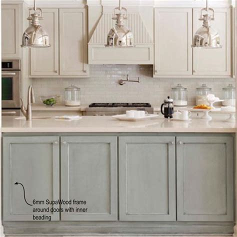 refinishing melamine kitchen cabinets home dzine kitchen plain white melamine kitchen goes coastal 4671