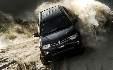 mitsubishi pajero hpe  wallpaper hd car wallpapers