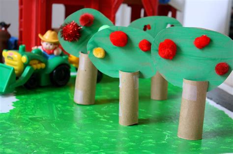 on preschool apple theme activities for teachers and 292 | IMG 5553