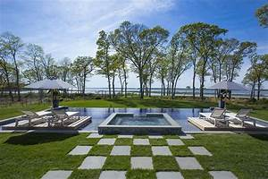 169 MILLION DOLLAR HAMPTONS TRADITIONAL ESTATE SEE