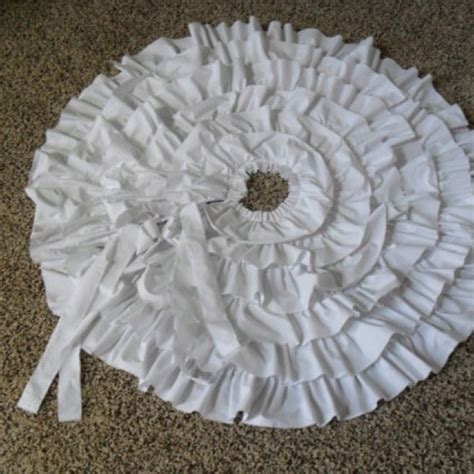 shabby chic christmas tree skirt pin by cindy manning on happy holidays pinterest